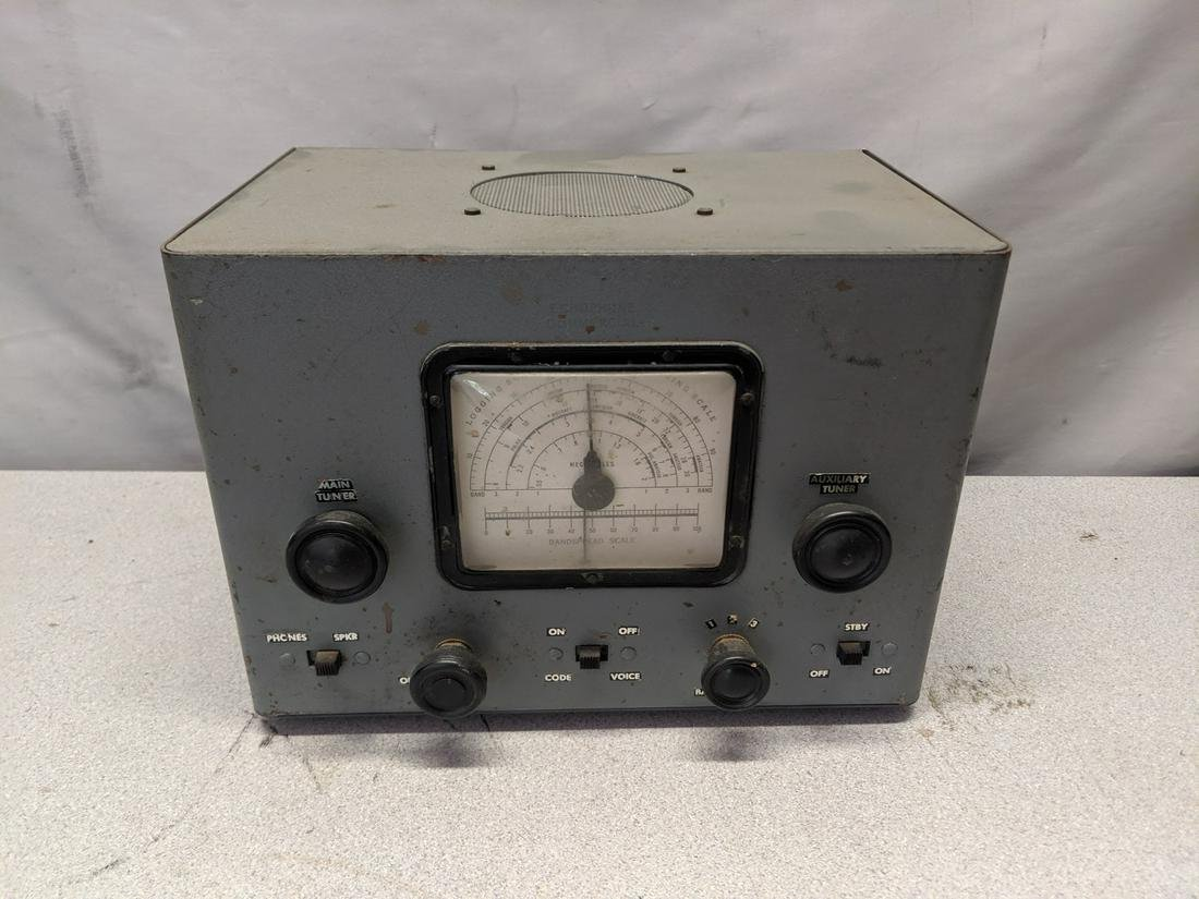 c1920's Metal Case RCA Tube Table Top Radio Build Kit