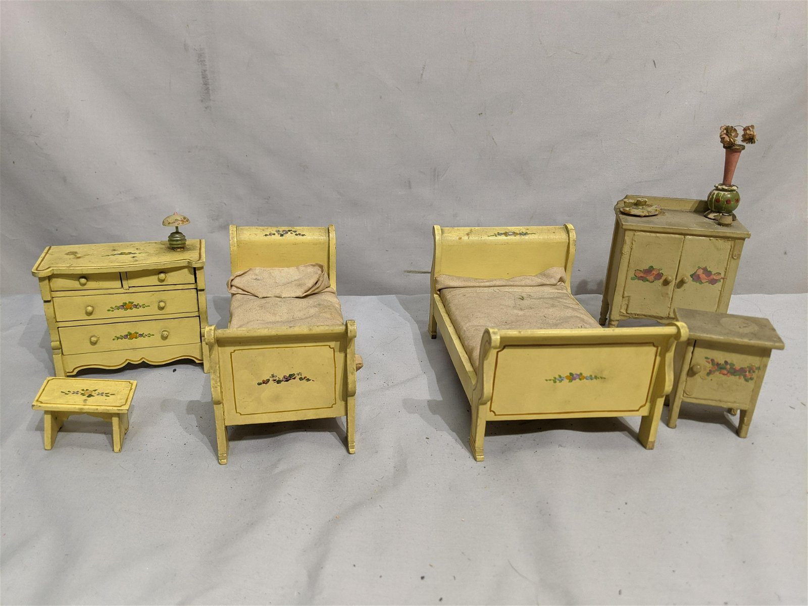 Antique Painted Wood Doll House Furniture 6 Pieces