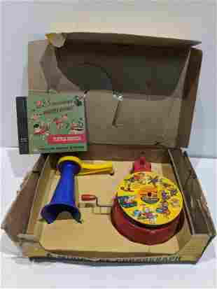 1948 Playola Toy Phonograph in Box w/ 4 Records