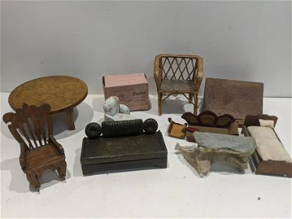 Lot 9 Pieces Assorted Doll House Miniature Furniture