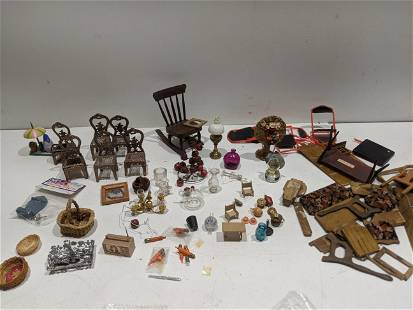 Large Lot Assorted Dollhouse Furniture & Miniatures