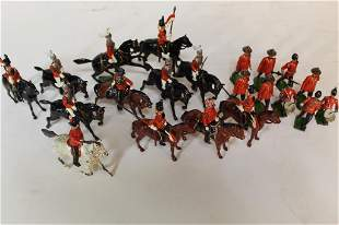 Large Group Antique Painted Toy Soldiers