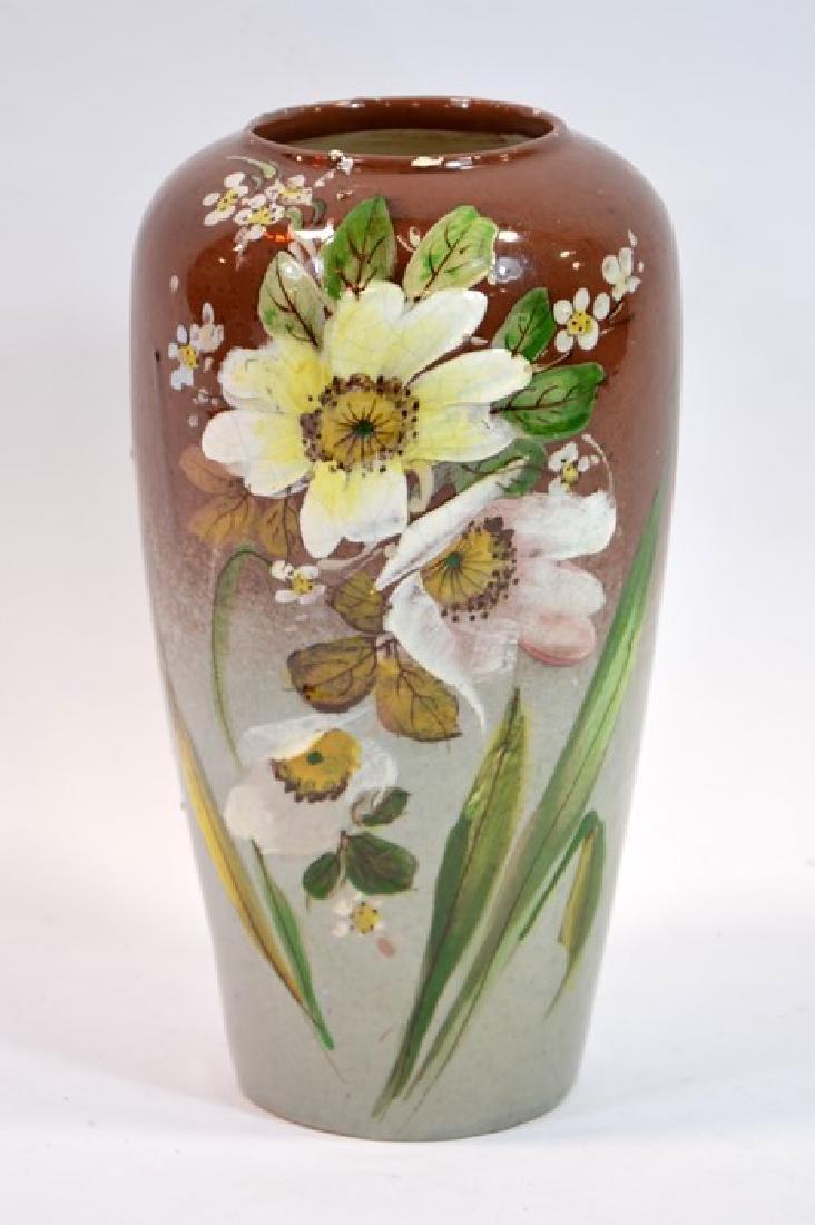 A Rookwood art pottery vase, circa 1925, shouldered
