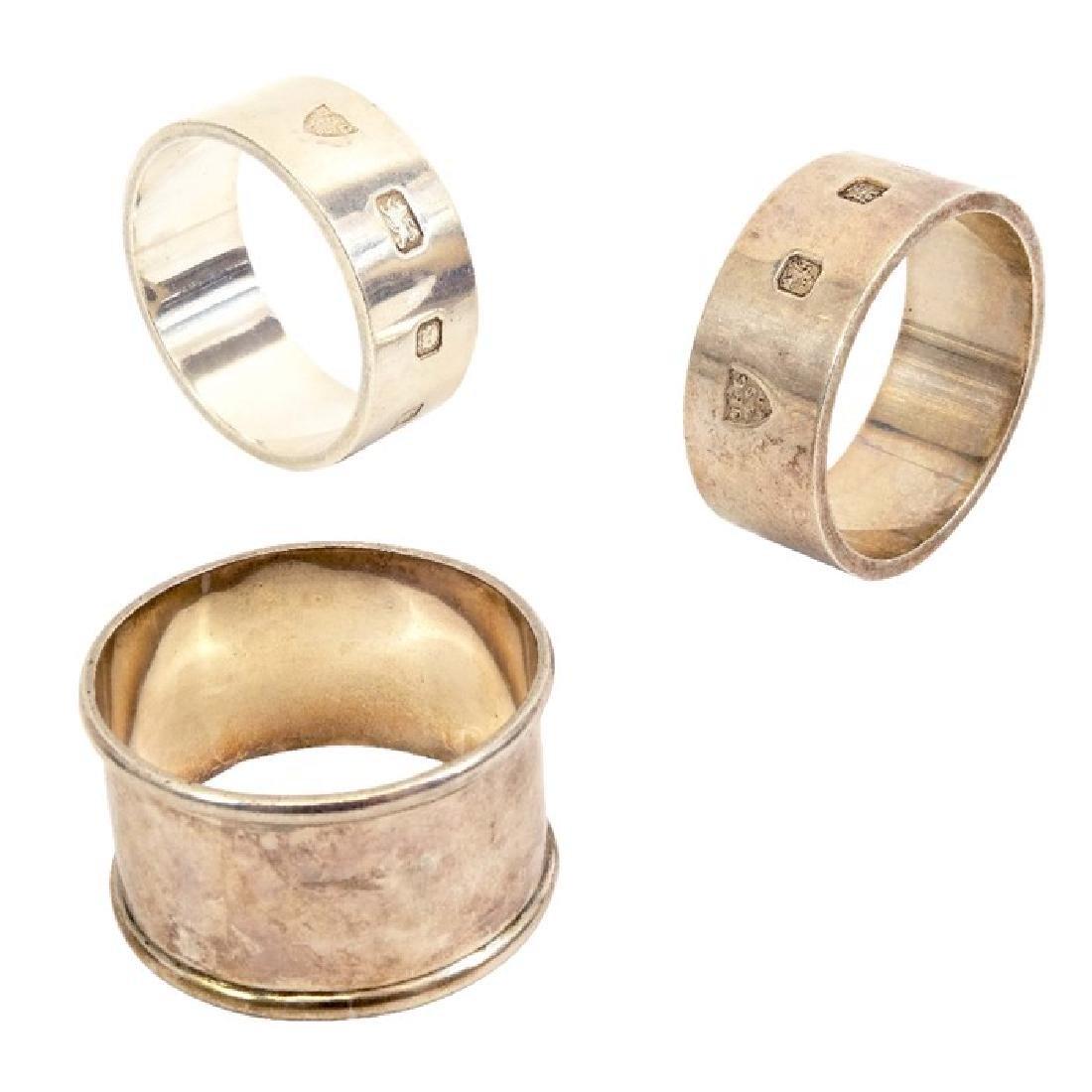 A pair of Elizabeth II silver napkin rings, J B
