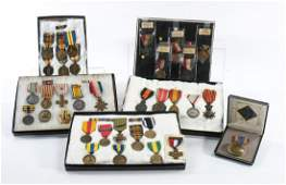 over 50 pcs: Military Medals