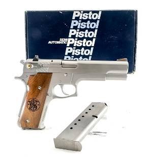 S&W 645 .45 ACP Semi-Auto Pistol