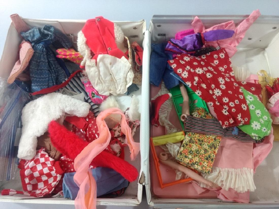 Vtg Barbie Doll & Clothes Lot in Case - 2