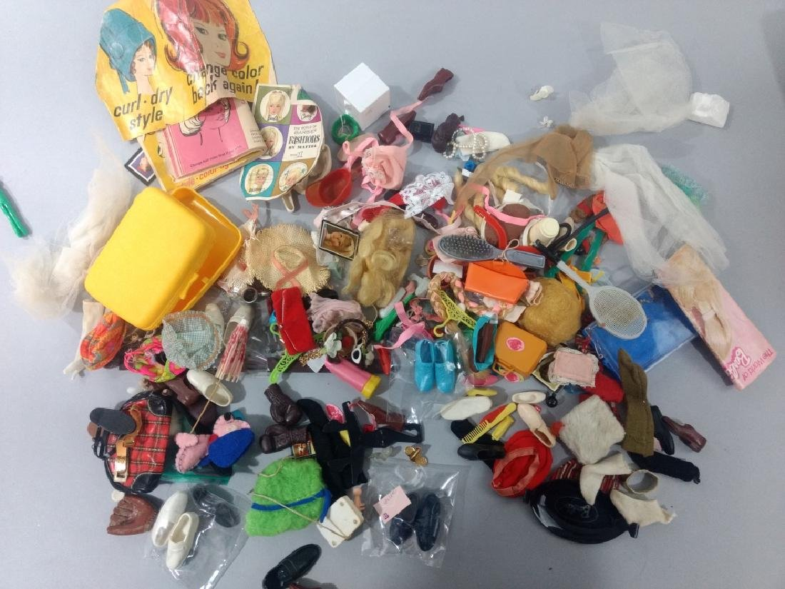 Vtg Barbie & Freinds Doll Accessory Lot