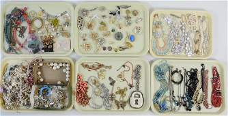 Mixed Costume Jewelry Lot w/ Brooches