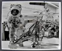 Alan Bean Signed Vintage Apollo Training Photograph