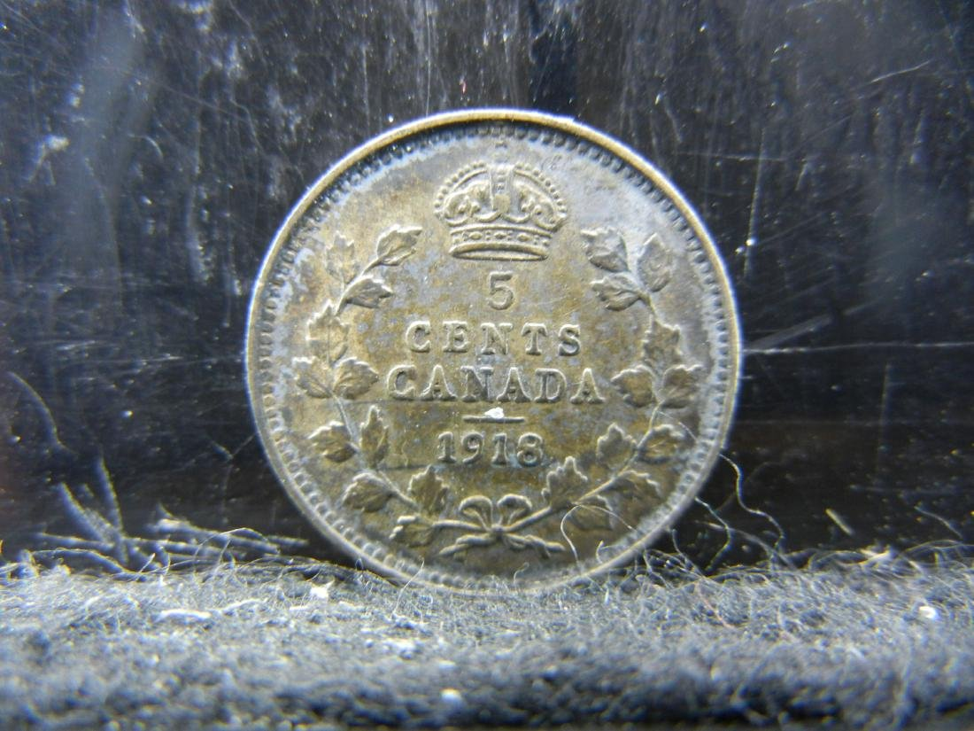 1918 Canada 5 Cents Sterling (92.5%) Silver Coin.  Coin