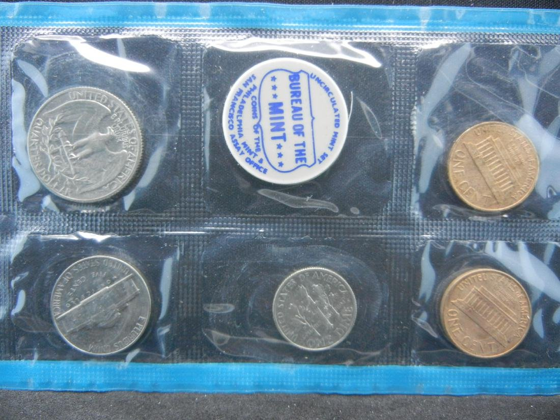1968 United States Mint Sets With Original Packaging. - 5