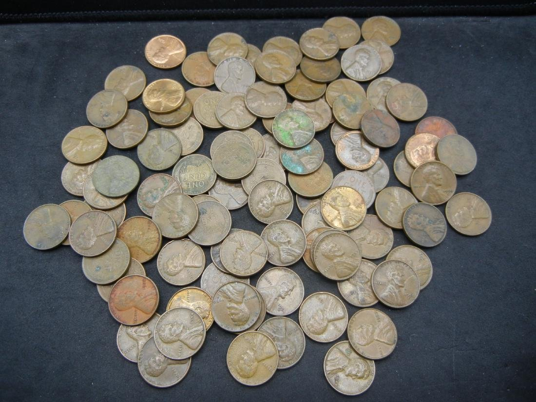 Lot of Mixed date Lincoln Memorial and Wheat Cents.