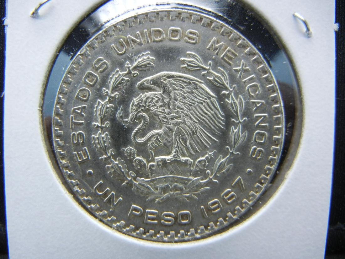 1967 Mexico SILVER PESO. Prooflike qulaity and detail. - 2