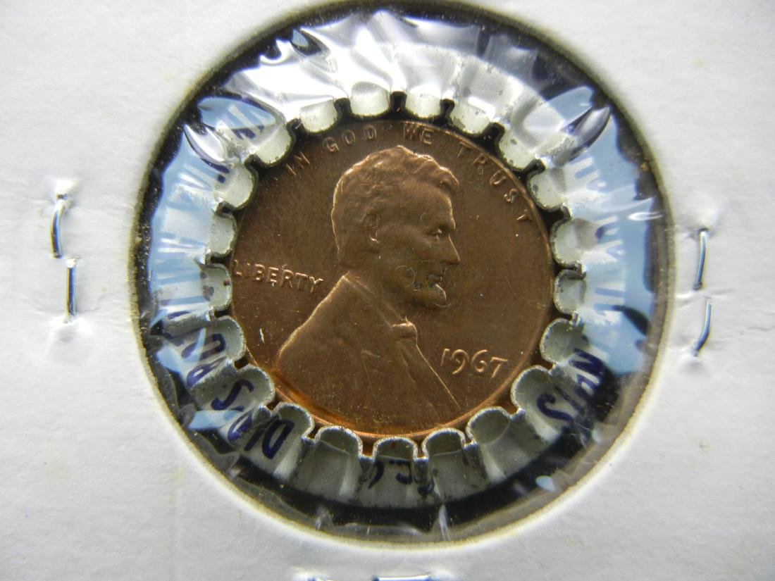 1967 Dads Rootbeer penny button. LUCKY DRINK. - 2