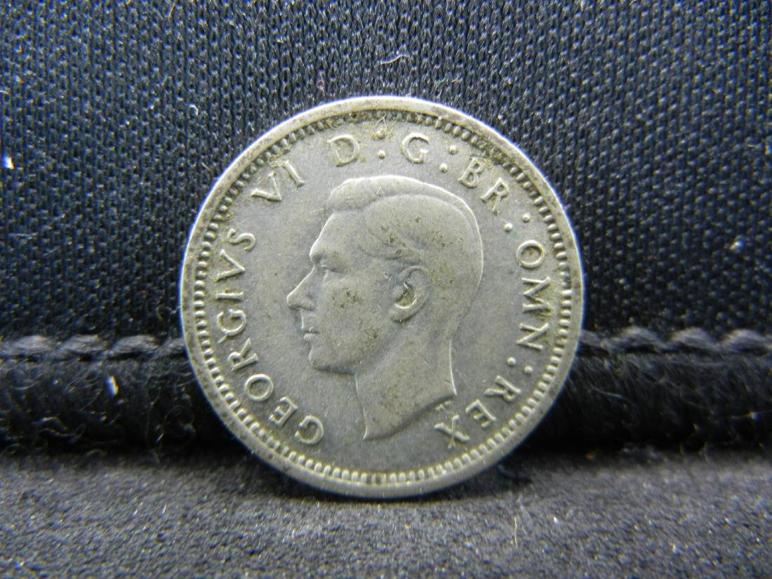 1943 Great Britain 3 Pence 50% Silver Coin, Weighs 0.05 - 2