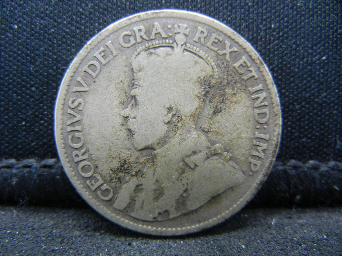 1918 Canada Sterling (92.5%) Silver Quarter.  Coin - 2