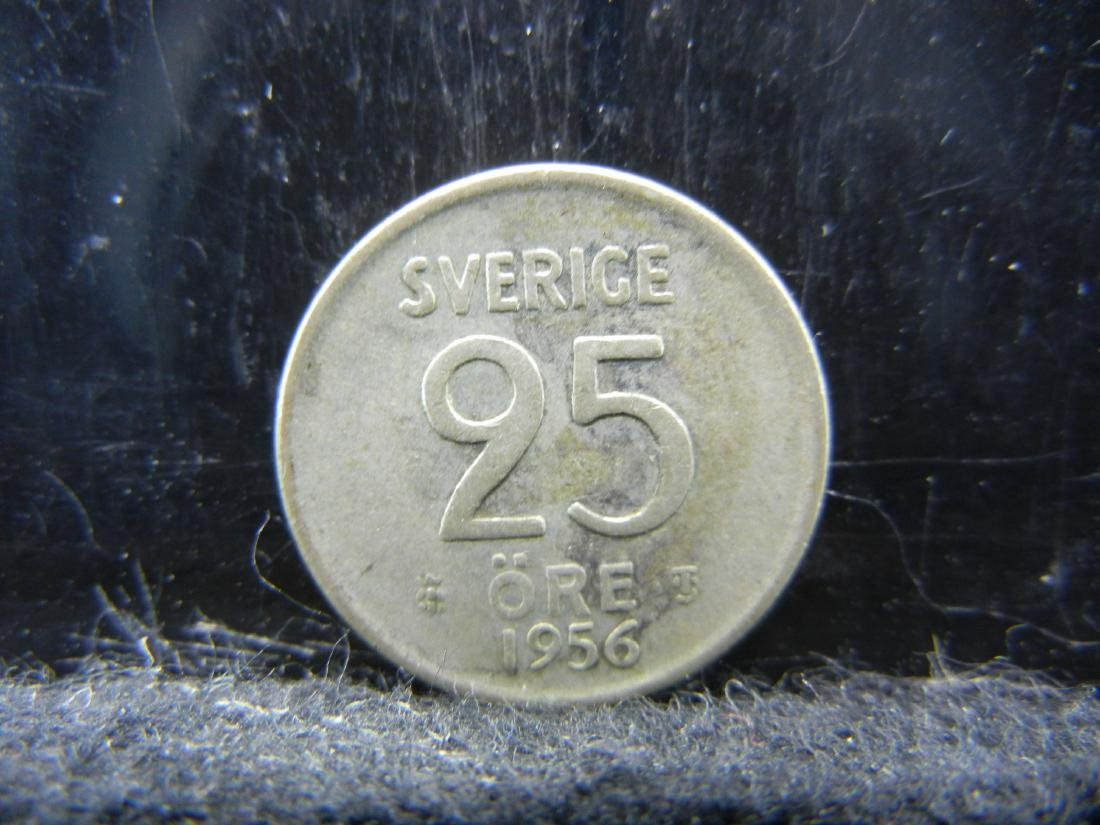 1956 Norway 25 Ore 40% Silver Coin.  Weighs 0.8 Toz.