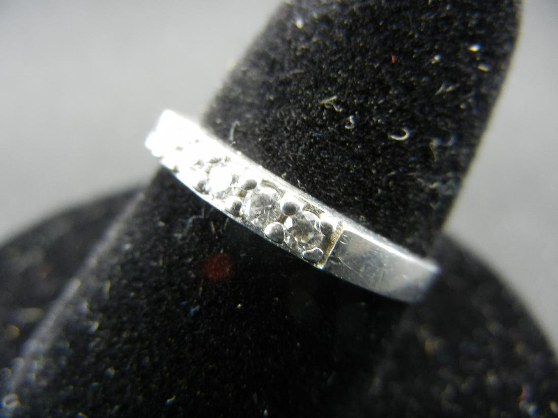 Sterling Silver Ring. Diamond look? - 3