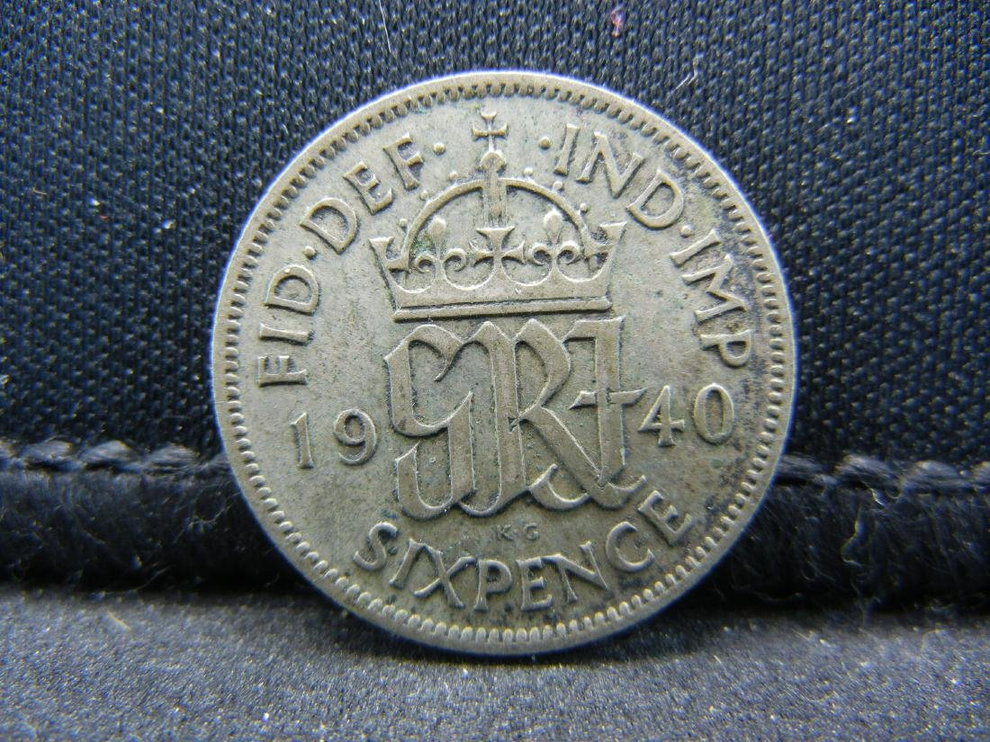1940 Great Britain 6 Pence 50% Silver Coin.  Weighs