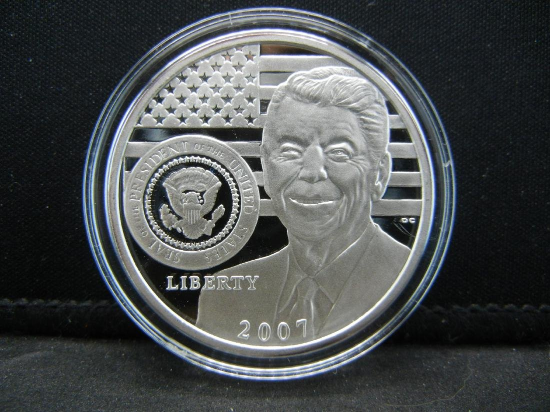 2007 RONALD REAGAN Medal. One of the greatest!