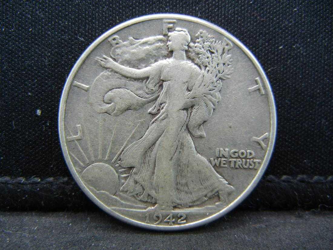 1942 queen coin