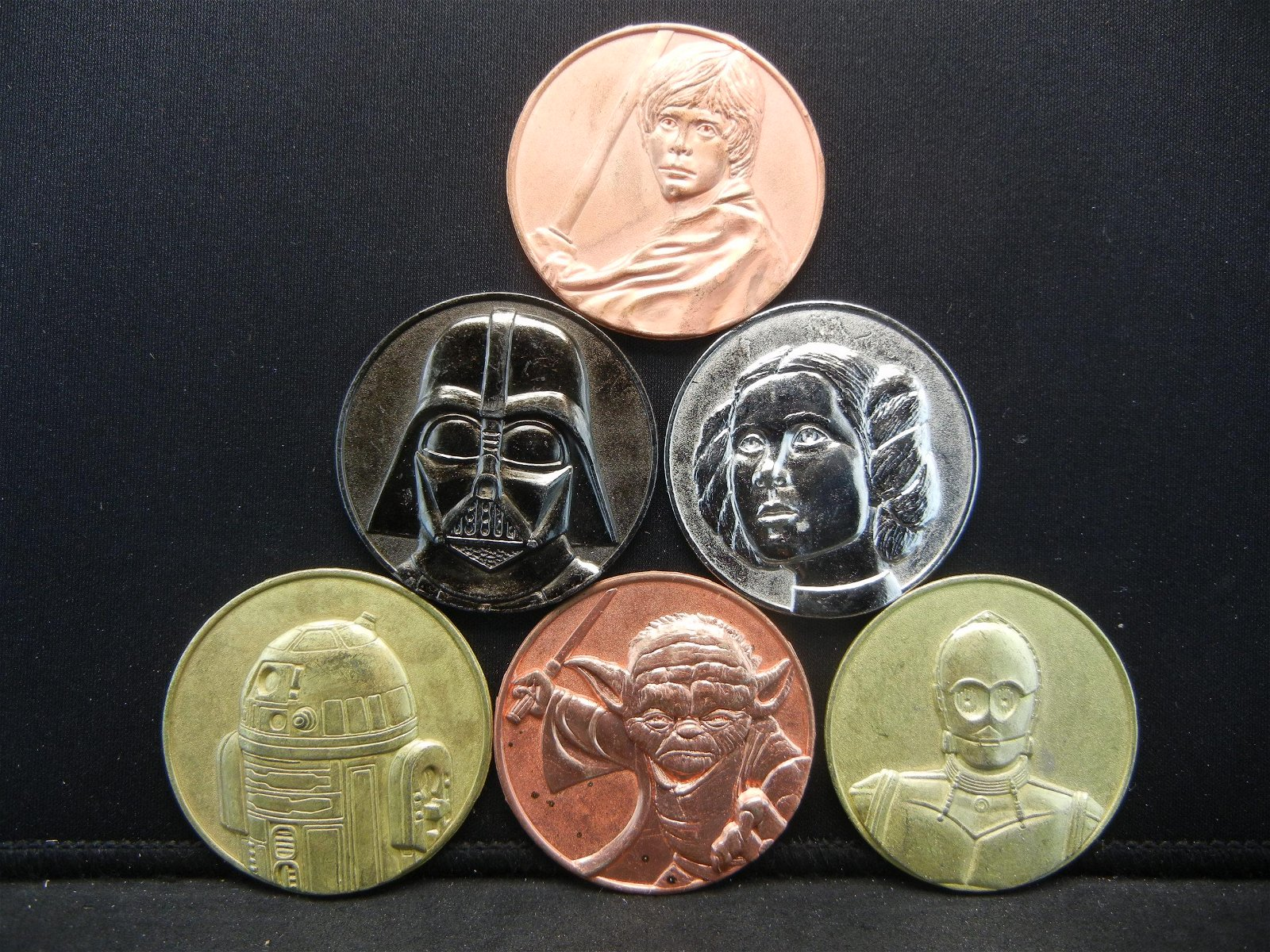 6 Coin Set of Star Wars. Includes Vader, Princess,
