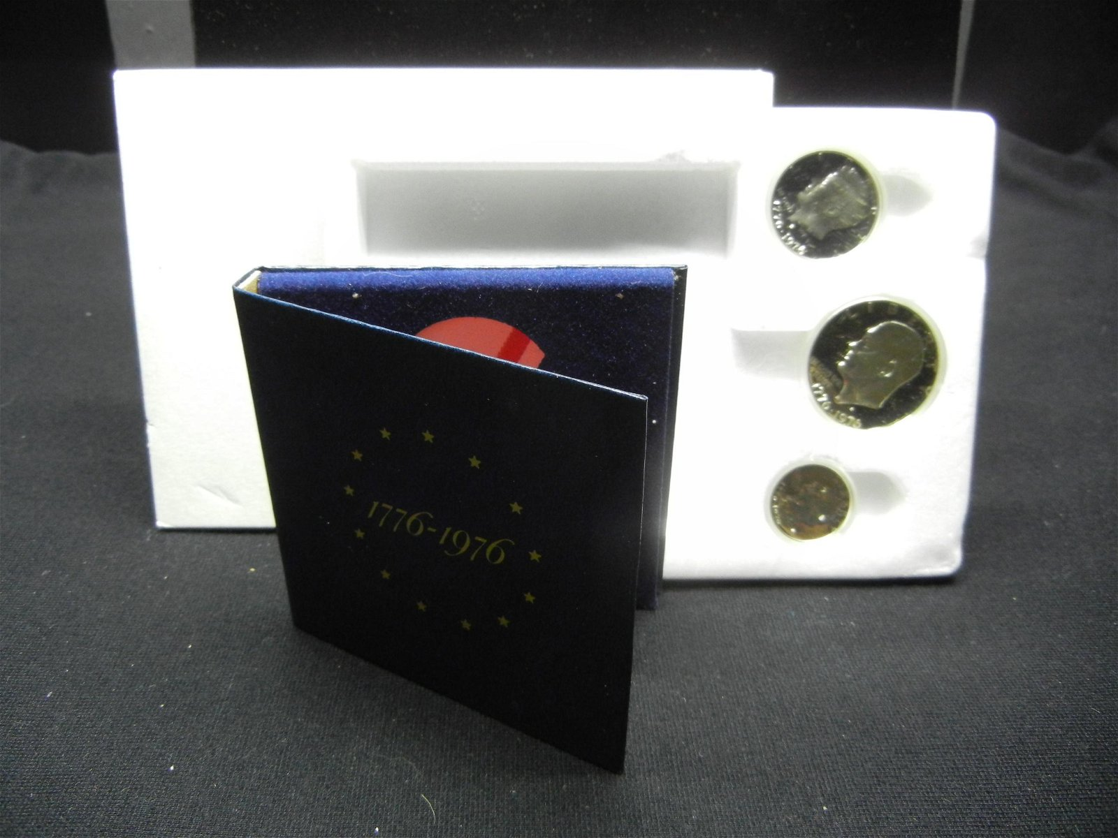 1976 3 Coin 40% Silver Proof Set In Original Packaging