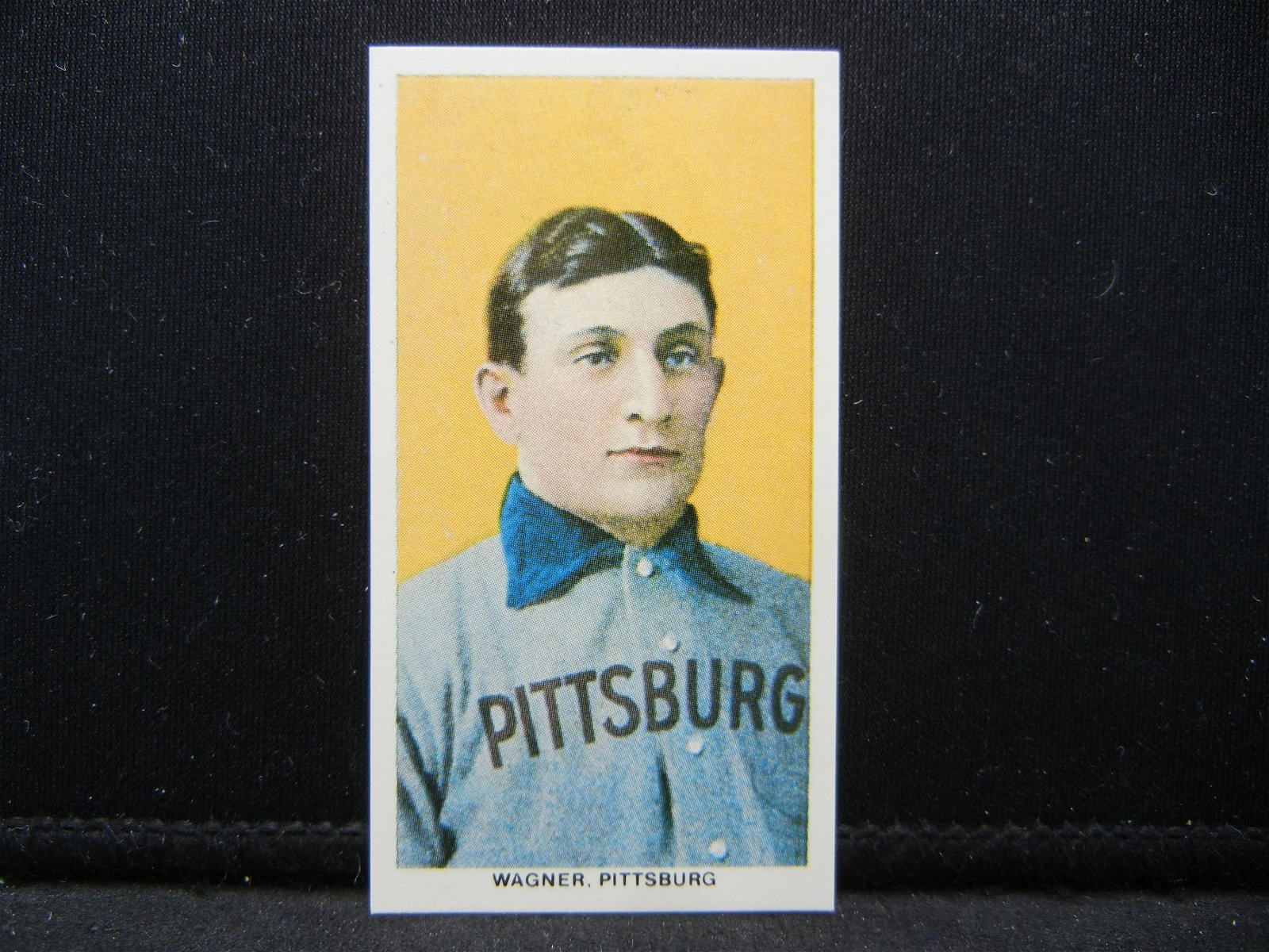 REPRINT - HONUS WAGNER BASEBALL CARD