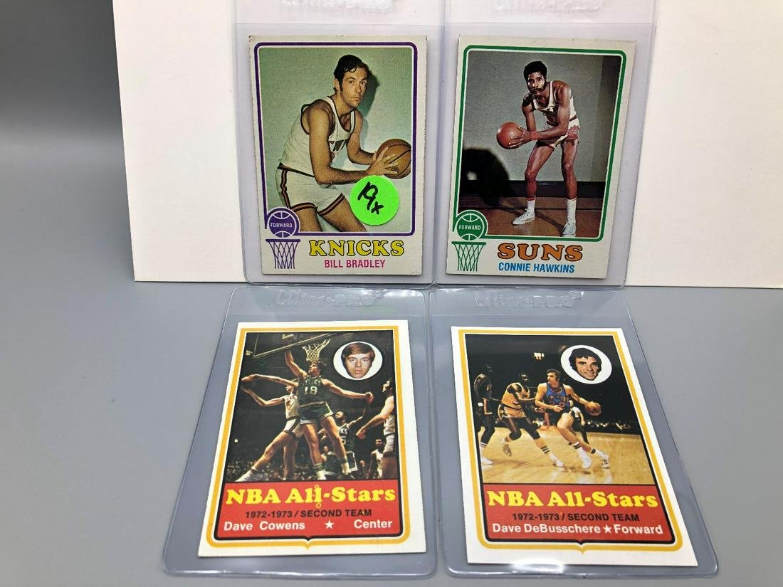 (4) 1973/74 Topps Basketball Cards - All Hall of Famers