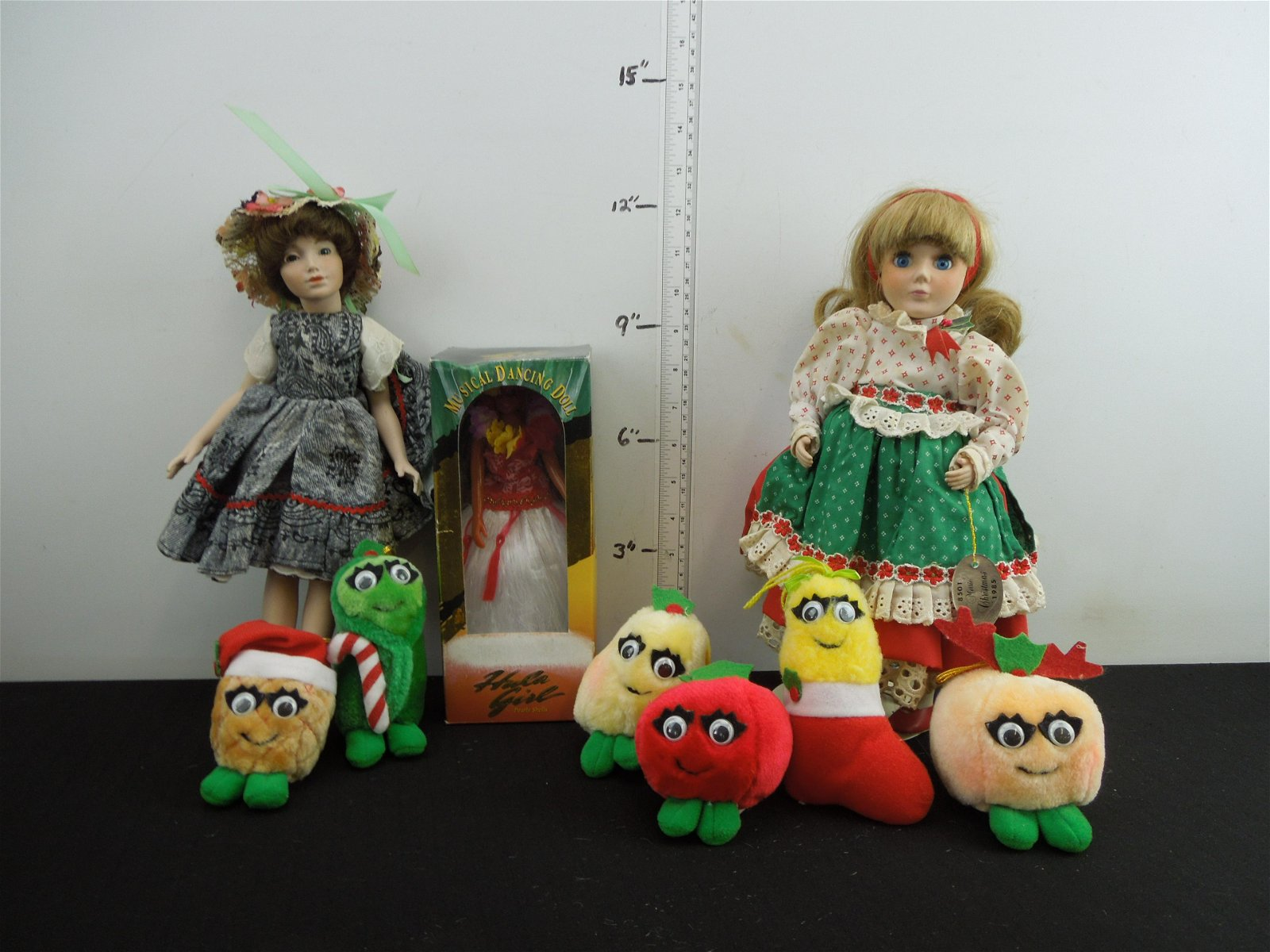 Dolls and small Plush Toys