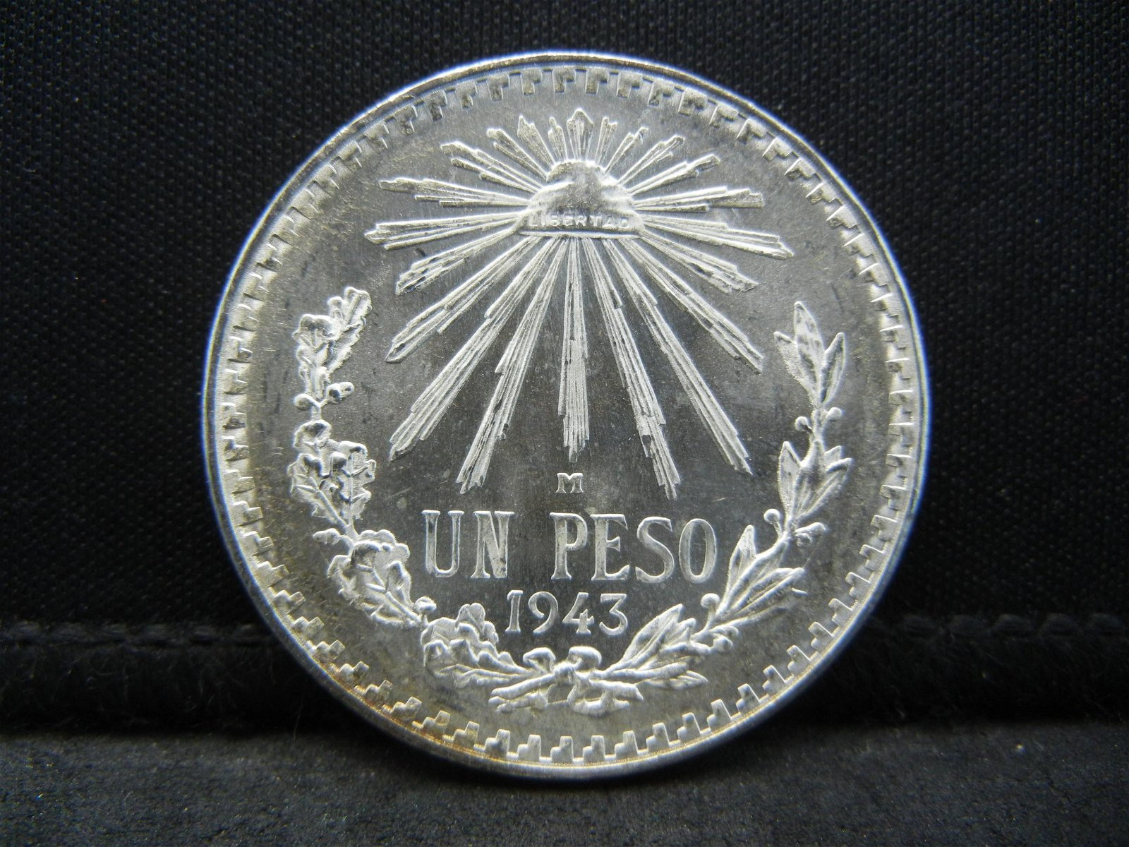 1943 Mexico Silver Un Peso Higher Grade Blast White!!