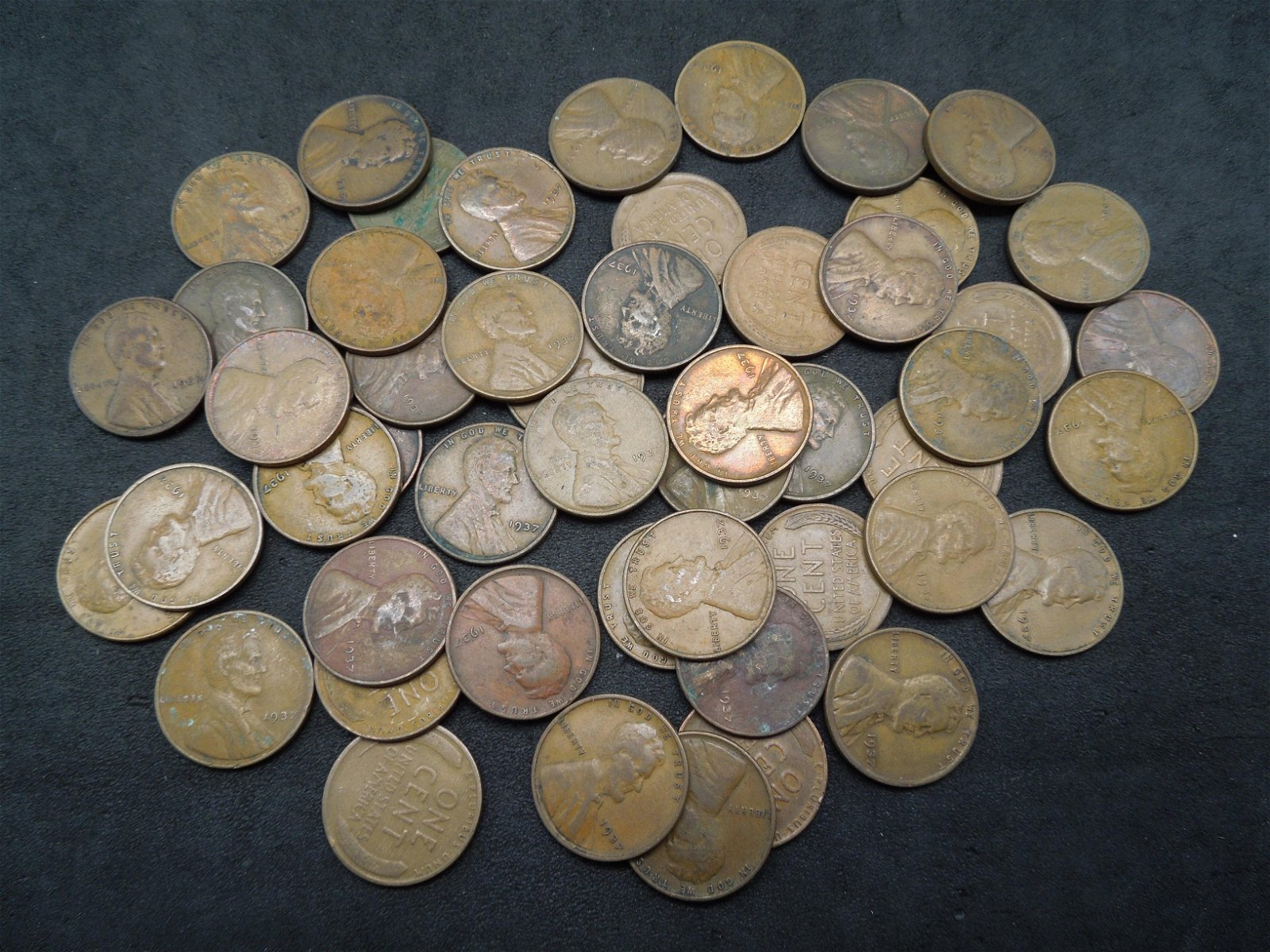 Lot of 50 1937 Lincoln Head Wheat Cents.
