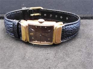Bulova Men's Wrist Watch w/ Band - Appears to Run - No