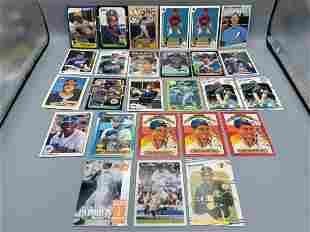 Misc Lot of 26 Baseball Rookies & Stars - Barry Bonds,