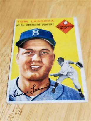 1954 Topps Baseball #132 Tommy Lasorda Rookie Card