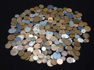 Mixed Group Of Foreign Coins. Coins Weigh 2 Pounds.