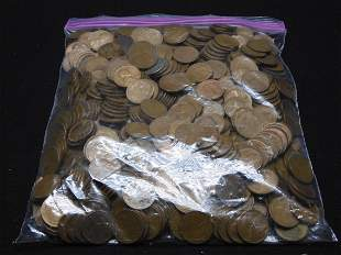 Large Bag of Un searched Lincoln Wheat Cents