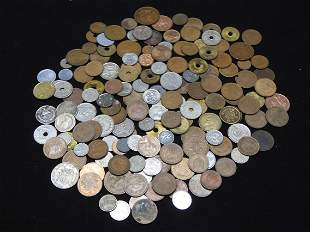 Mixed Group Of Foreign Coins. Coins Weigh 1.4 Pounds.