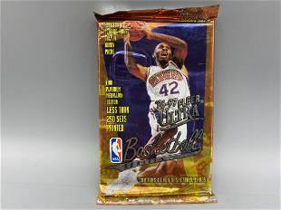 1996 Ultra Basketball Series 2 Unopened Pack - Kobe RC?