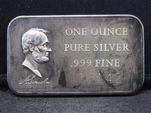 Abraham Lincoln One Troy Oz. 999 Fine Silver Bar