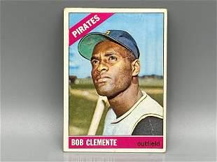 1966 Topps Roberto Clemente #300