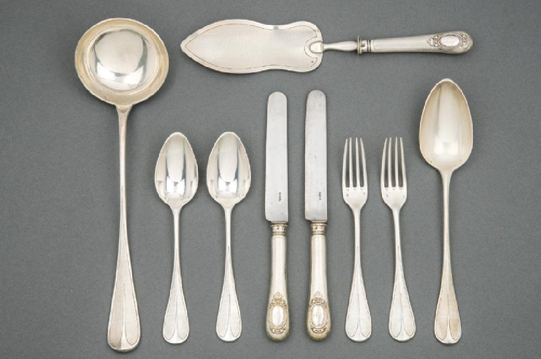 Set of table cutlery, in French hallmarked silver by