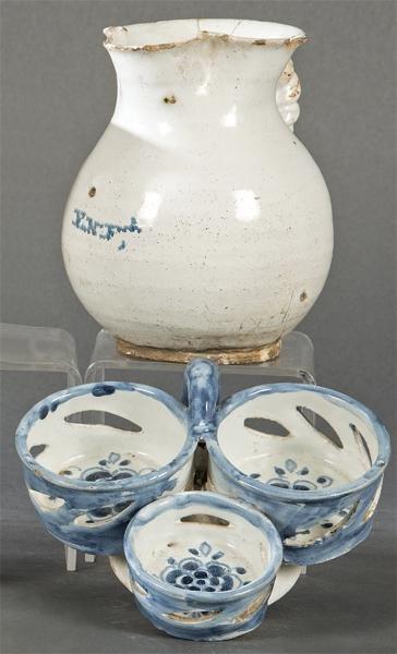 Lot of conventual jug and cruet base in ceramic,