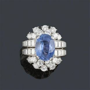 CHAUMET - Ring with oval cut sapphire certified in