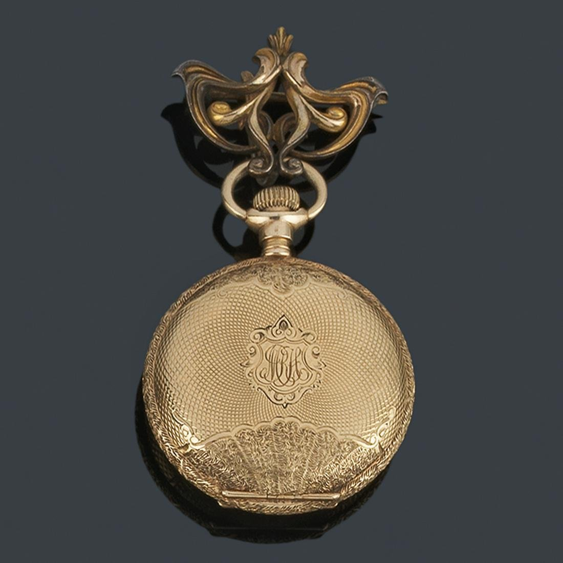 AMERICAN WALTHAM, pocket watch in 14K gold with brooch