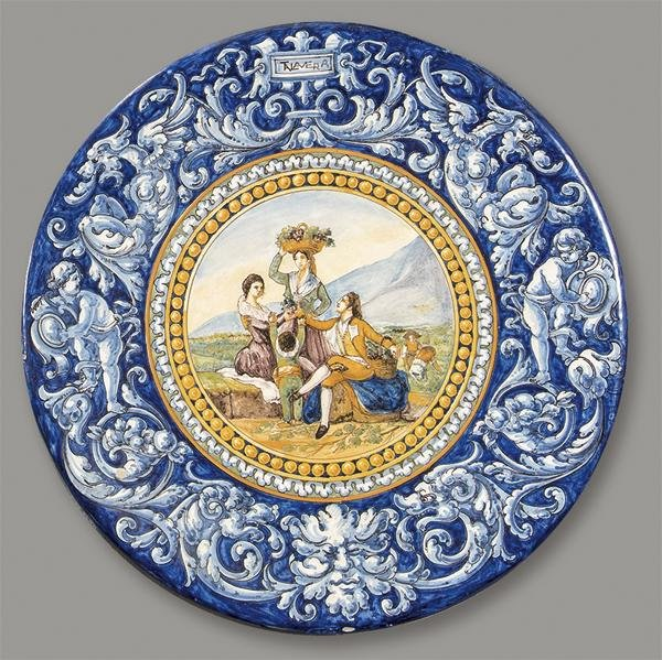 Glazed ceramic plate by Ruiz de Luna decorated with