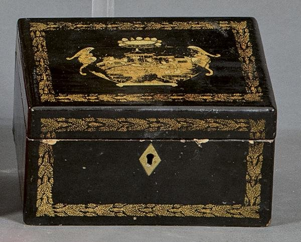 Tea box in black lacquered wood with golden decoration,