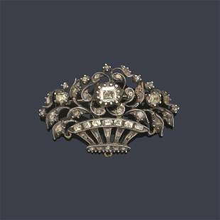 Flowerpot-shaped brooch with floral bouquets with