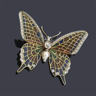 Butterfly-shaped brooch with enamel wings, brilliants